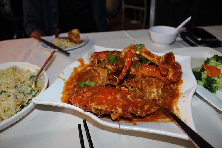 シンガポール料理のチリクラブ