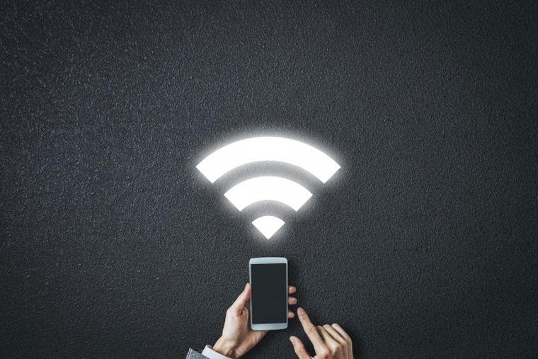 そもそもフリーWi-Fiはなぜ危険なの?