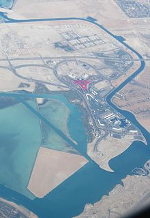 220px-Yas_Marina_Circuit_+_Ferrari_World_-Abu_Dhabi.jpg